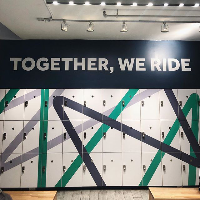 8AM spin class? Yeah, we did that✔️ * * * #swerve #spinclass #togetherweride #cycle #morningworkout #ziel #sustainablefashion #ecofriendly #ondemandmanufacturing #newyork #nyc #upstateny #activewear #apparel #fashion #design #sizeinclusivity #technology #brands #poweredbyziel