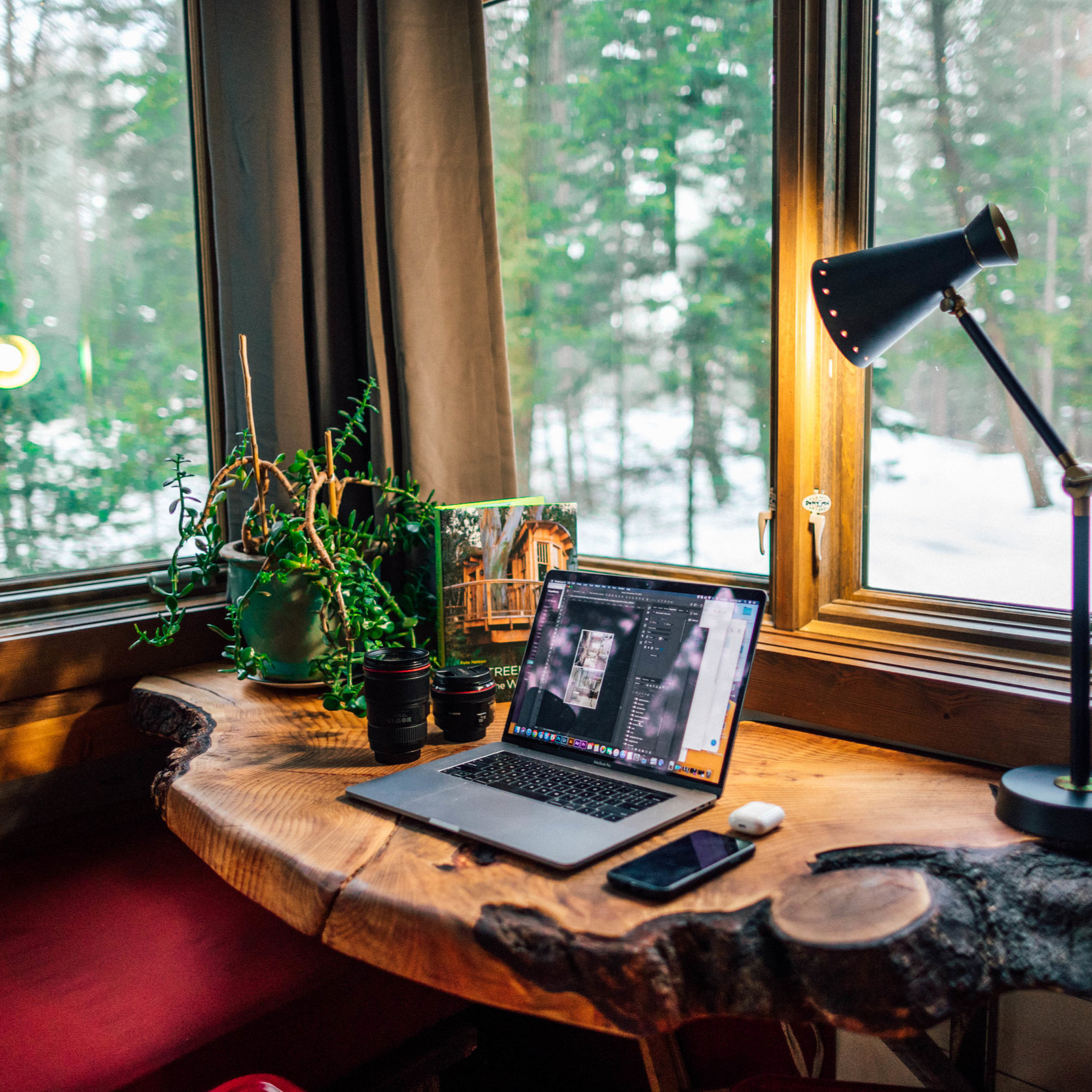 HOME OFFICE -