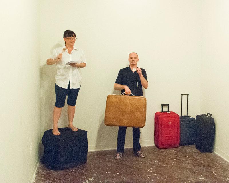 0812_baggage2.jpg