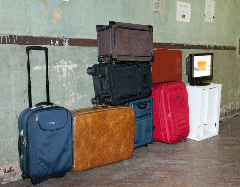 0812_baggagehall.jpg
