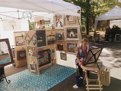 Jill Williams painting at an event in Sandy Springs, Georgia