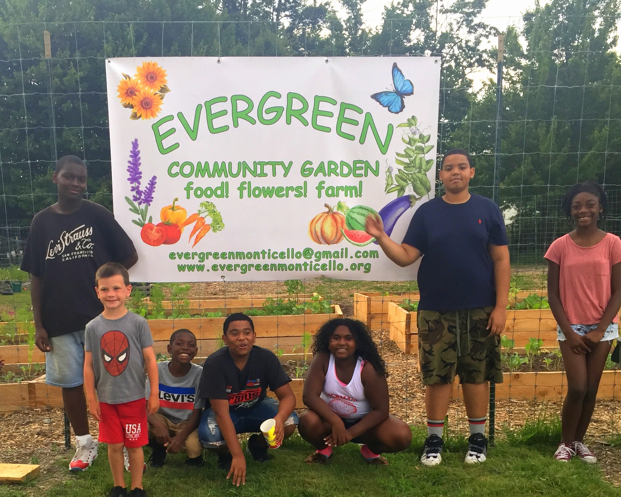 Young+Gardeners+with+Evergreen++sign.jpg