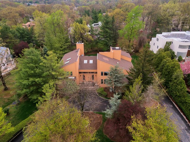 7 Brown Court, Livingston - $962,500
