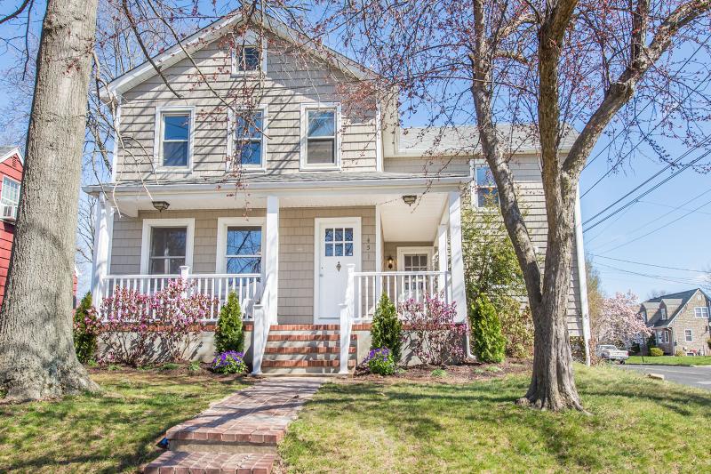 451 Catherine Street, Somerville - $375,000