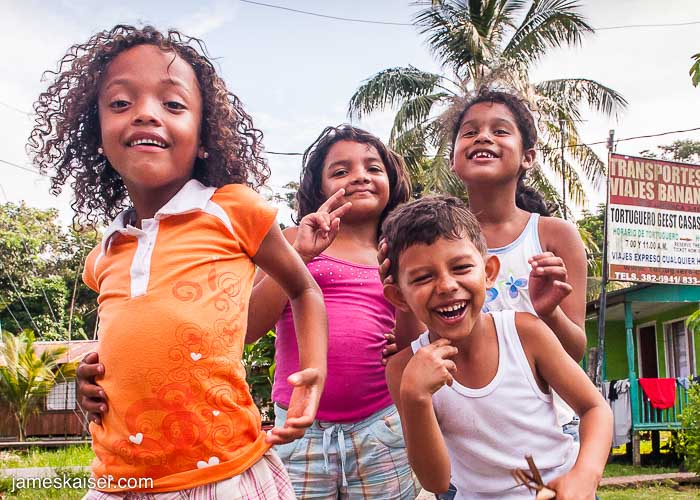 costa-rica-children.jpg