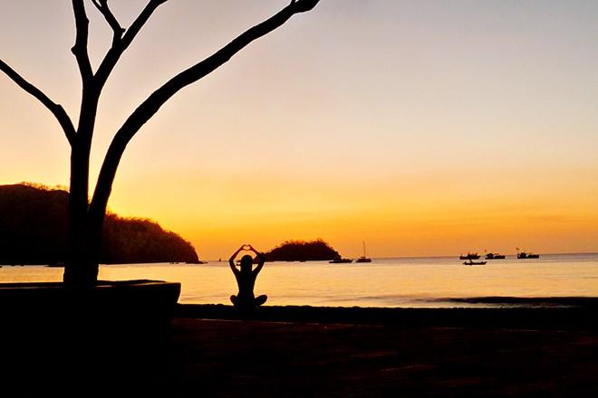 CostaRica-shutterstock_156905291-Yoga.jpg
