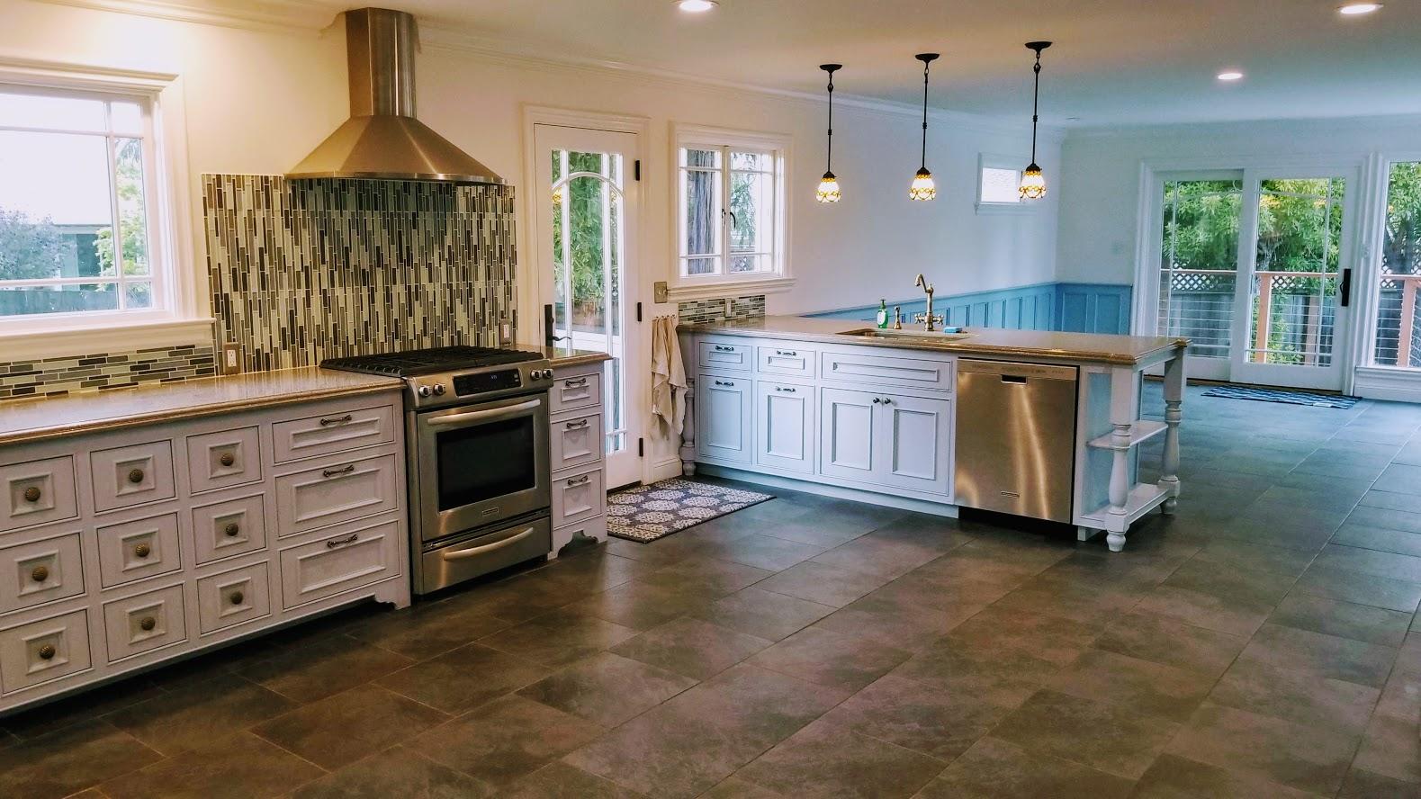 clfford pic kitchen 1.jpg