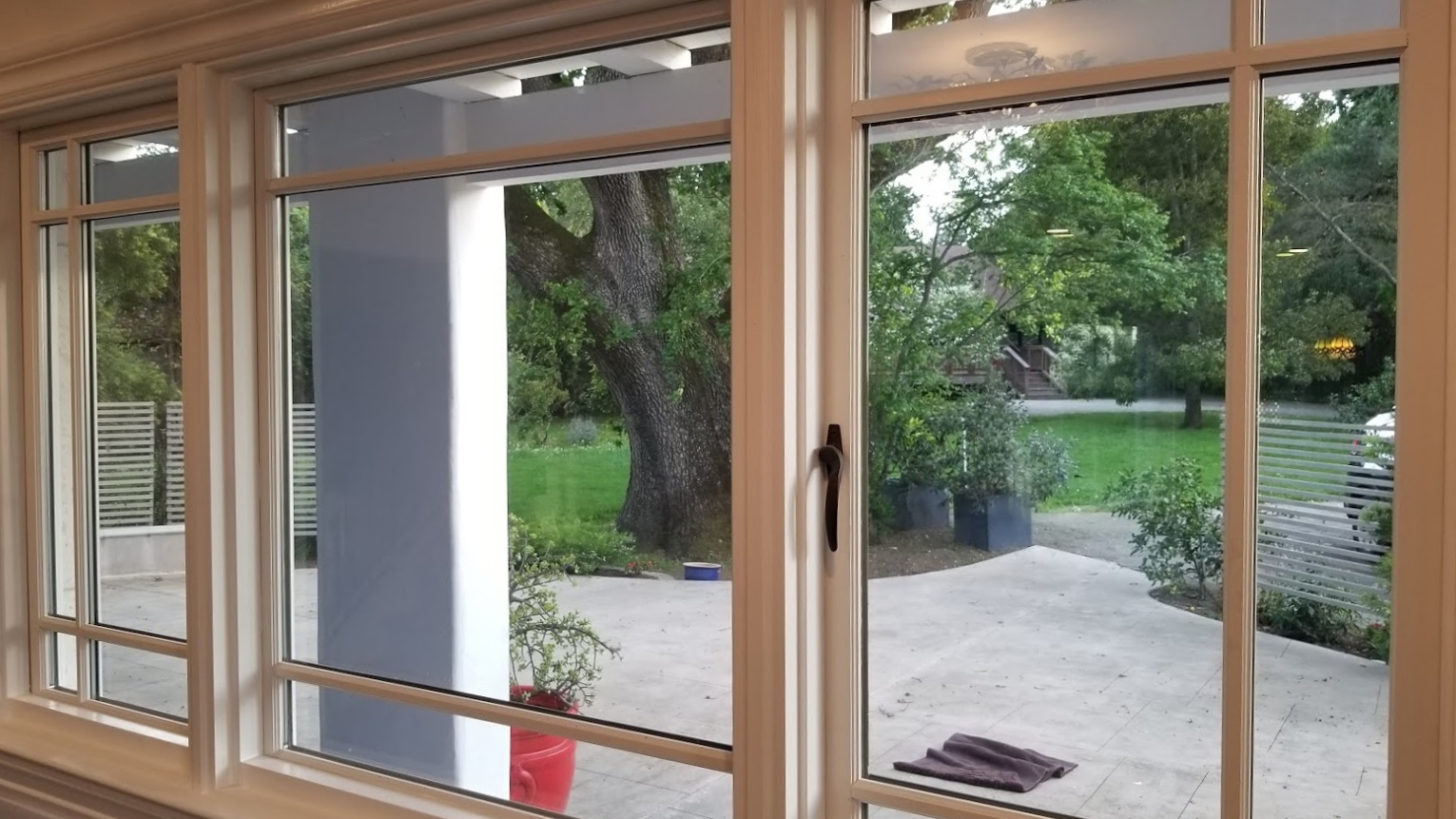 clfford view from kitchen.jpg