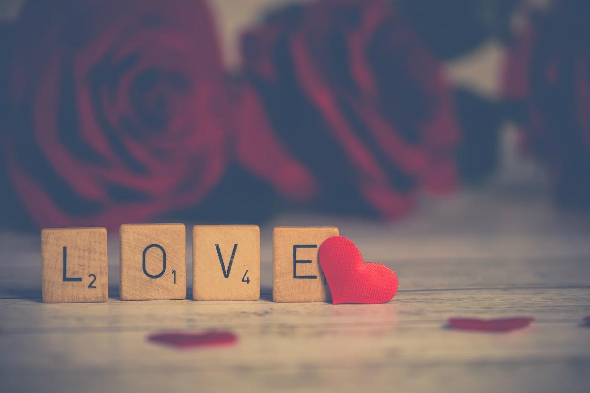 love, patterns, searching, la vie en rose, romance, storytelling, story night podcast