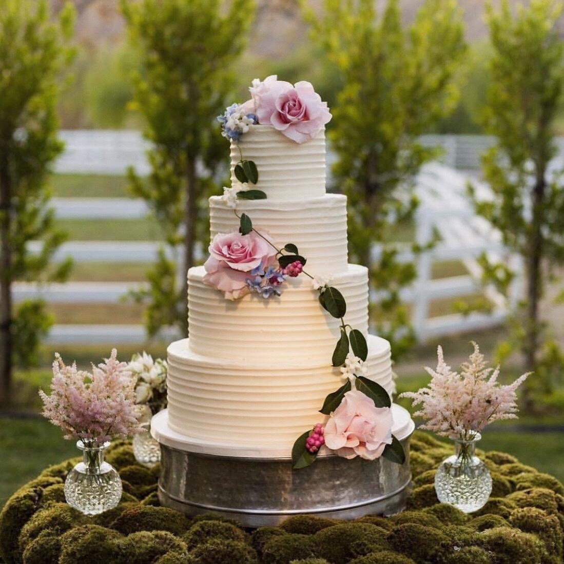 Wedding+Cake.jpg