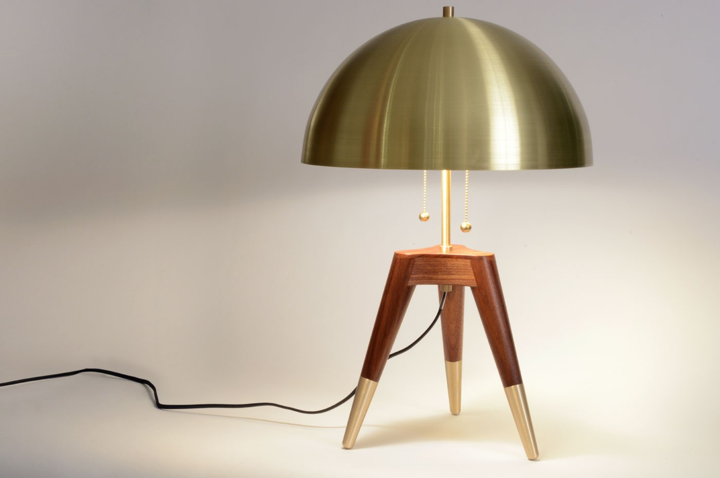 fife-tripod-table-lamp-1.jpg