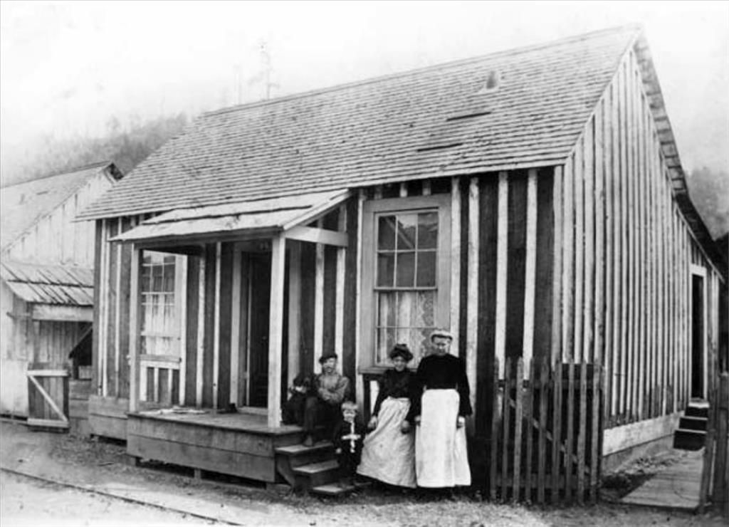 Miner's home in carbonado, 1908