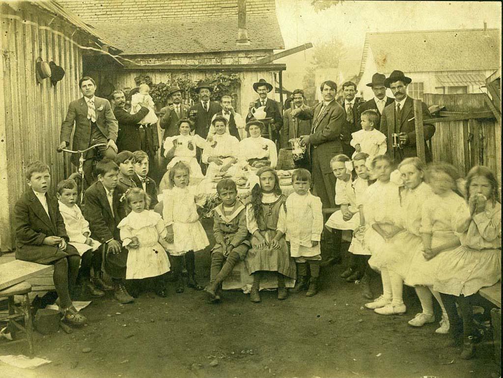 celebratory gathering, carbonado, 1910