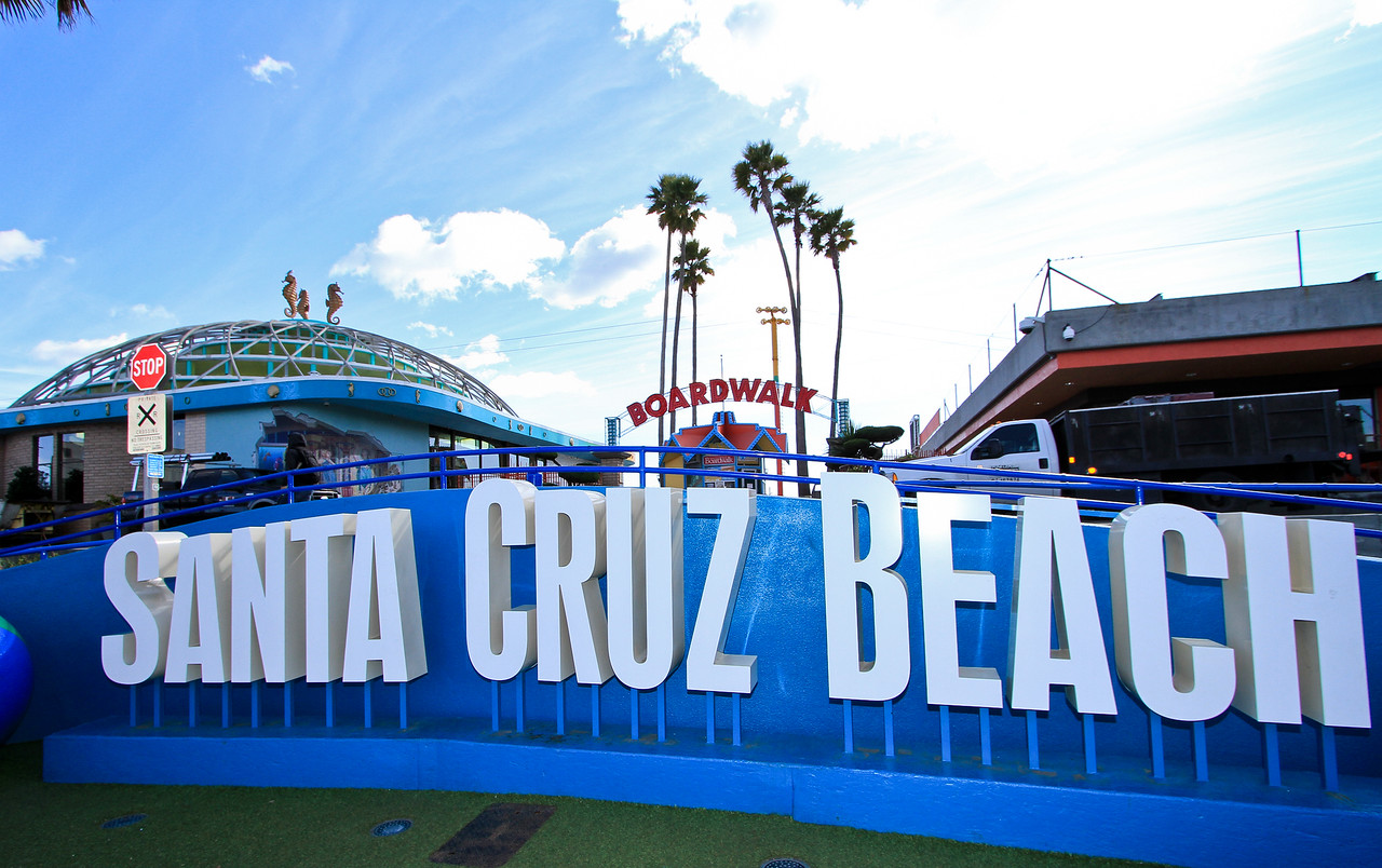 Santa Cruz Beach Boardwalk.jpg