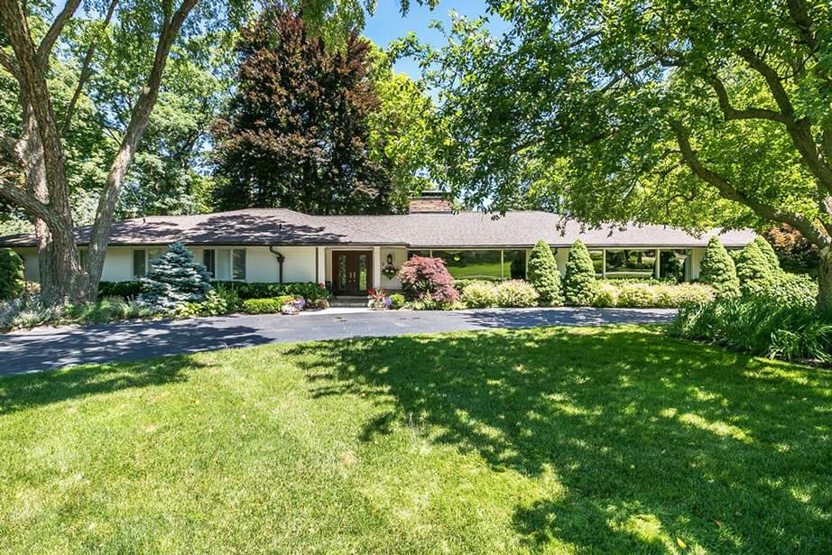 710 Kennebec Court, Bloomfield Hills - $892,400