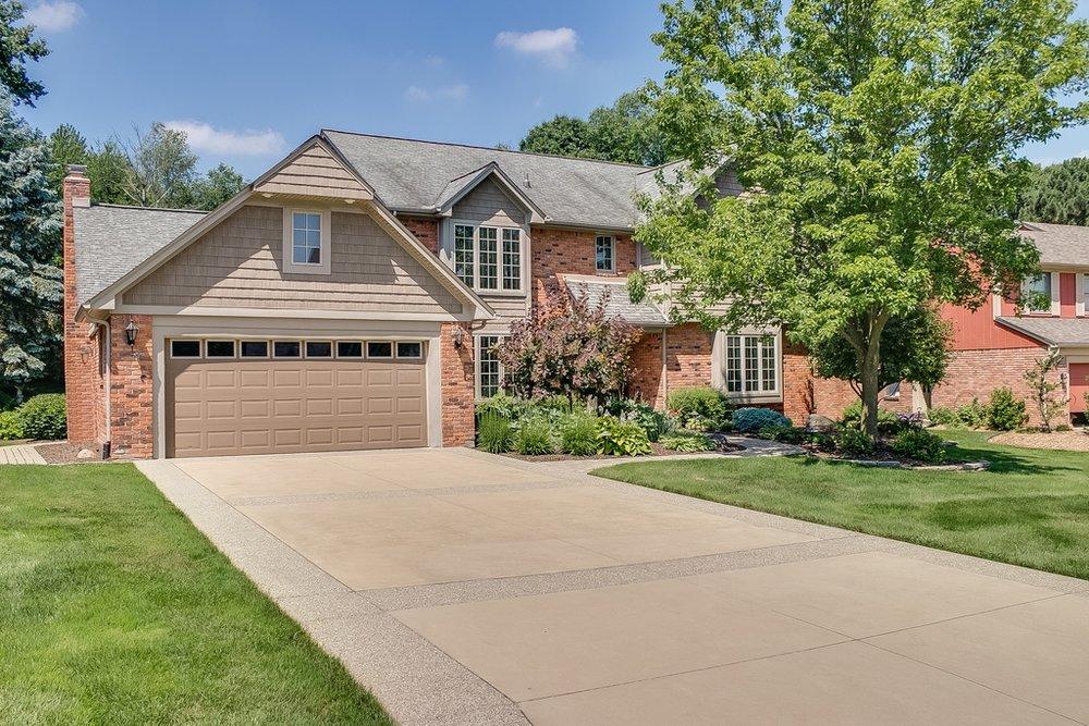 925 Stanford, Rochester Hills - $530,000