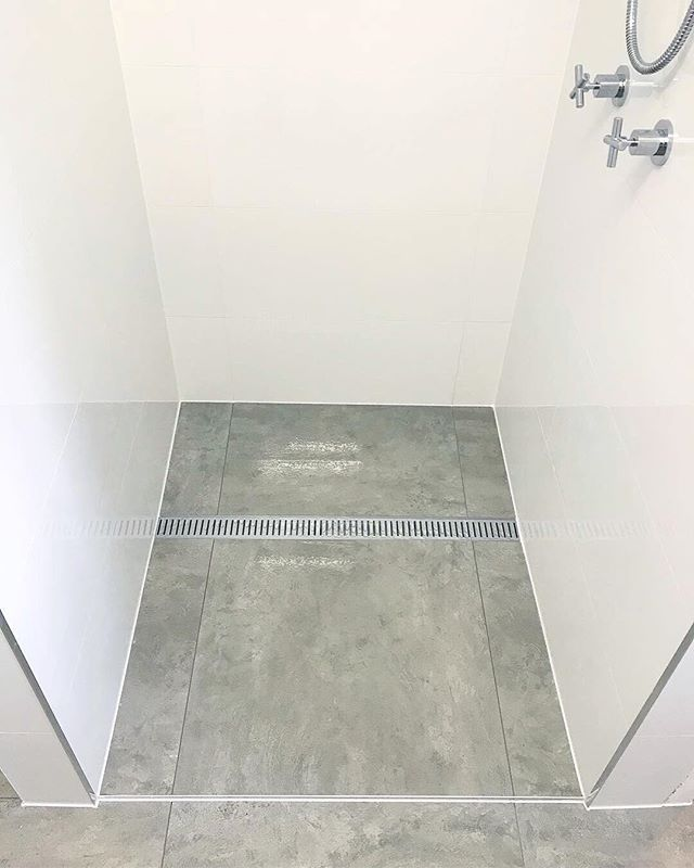 The effort we put in definitely shows with another quality job completed for another return client! Happy Friday👌  #truevisiontiling #vision #tiling #lauxusgrates #renovation #instawork #work #business #energy #construction #project  #GoldCoast #instart #productivity #smallbusiness #makeithappen #businessowner  #craft #satisfying #perfection #quality #home #beforeandafter #visionboard #moodboard #bathroom #bathroomdesign #instadaily #instalike