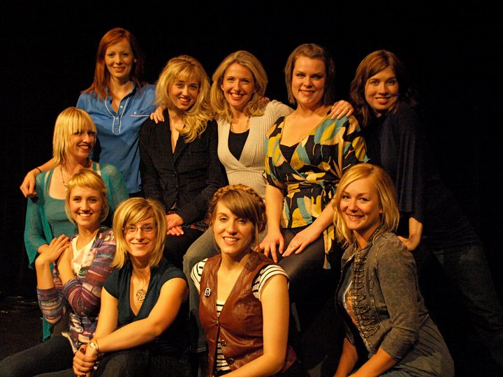 CIIF 2010 Women In Impro cast 1.jpg