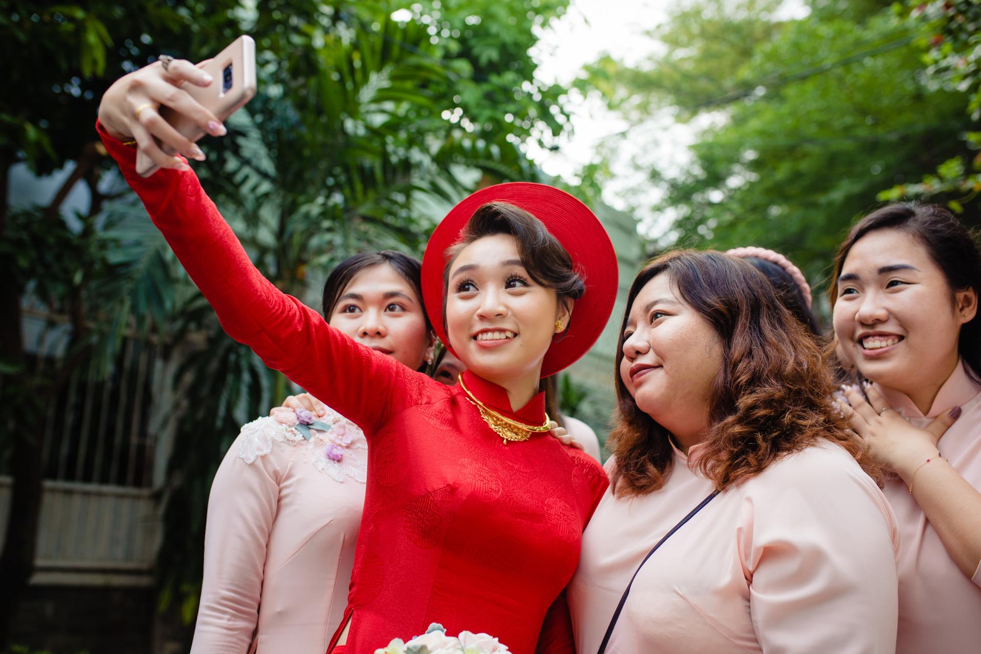 Vietnam Wedding Photographer