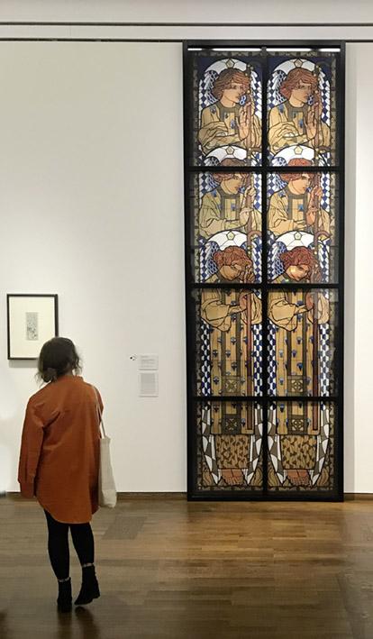 "Faksimile ""Engelsfenster"" von Kolo Moser, 400x140 cm, Leopold Museum"