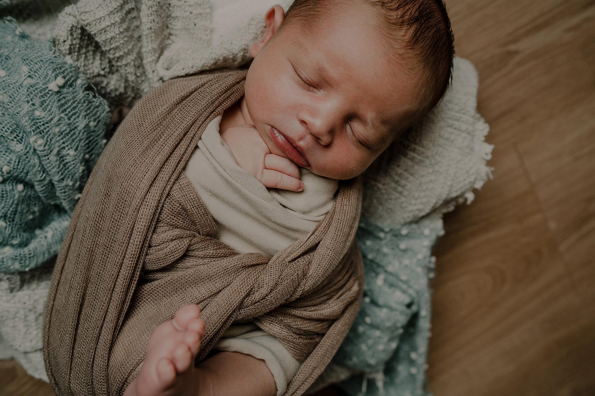louis-newborn-the-snug-sessions-11.jpg