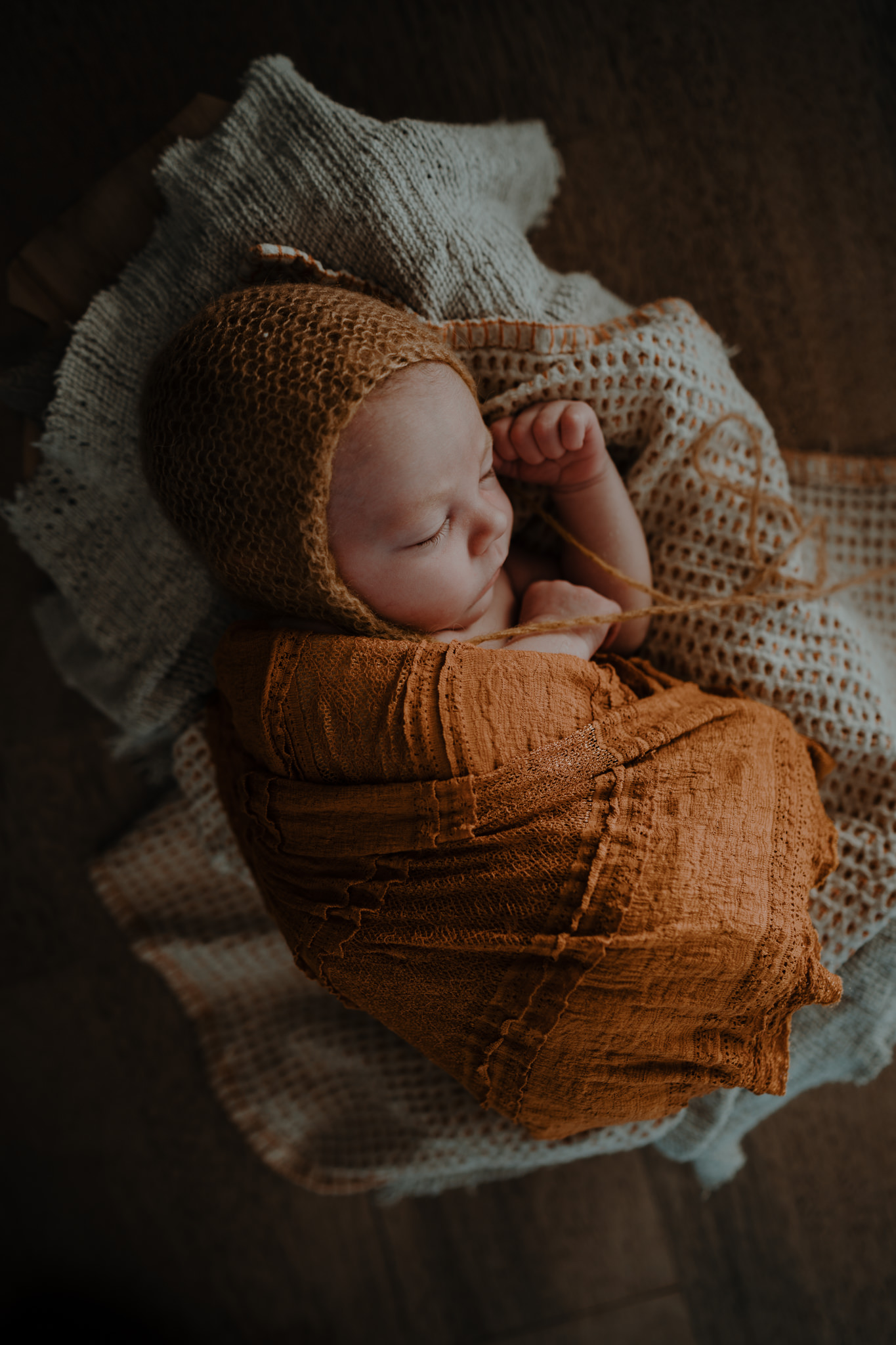 The-snug-sessions-NI-Newborn-Photographer-belfast-A-41.jpg