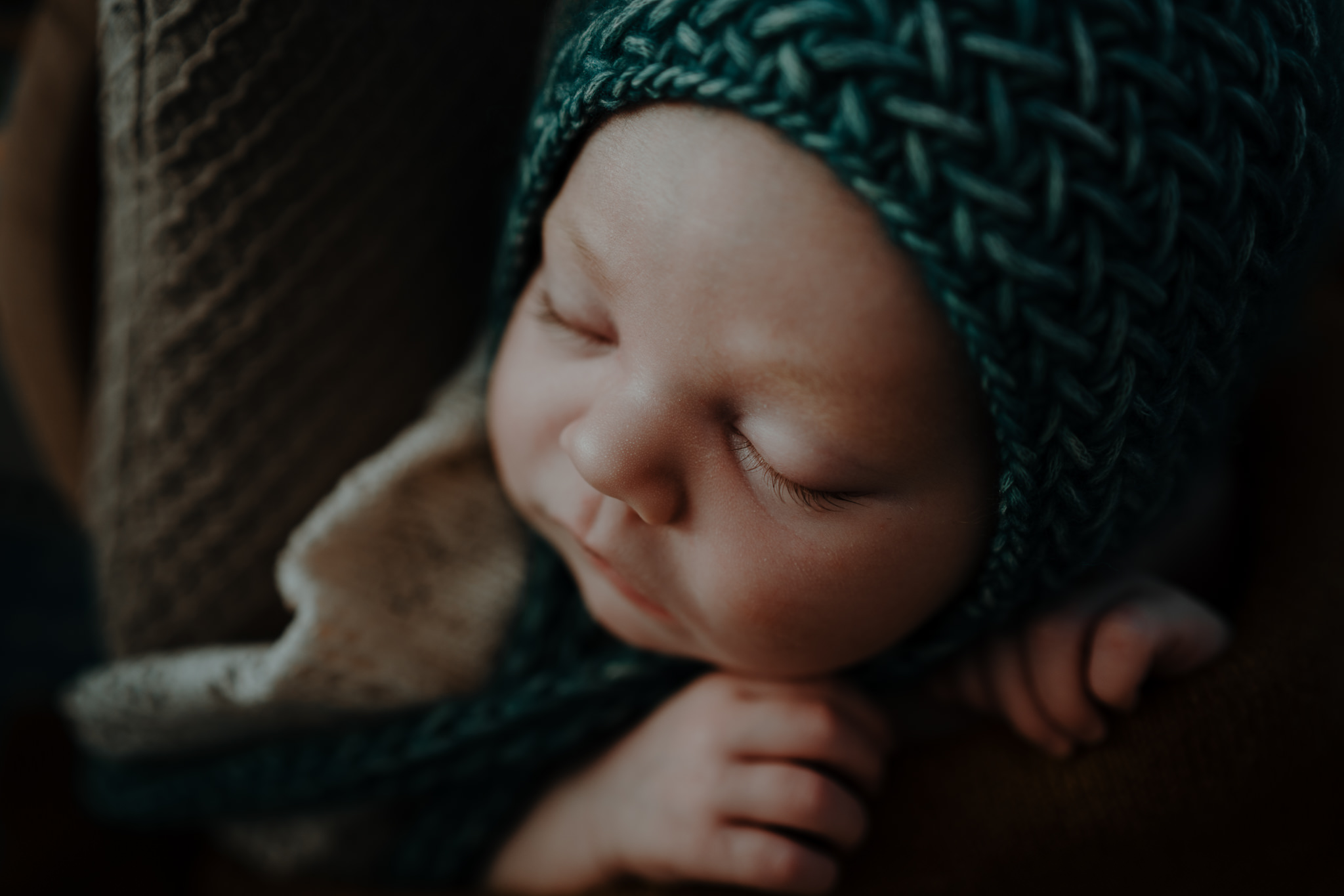 The-snug-sessions-NI-Newborn-Photographer-belfast-A-104.jpg