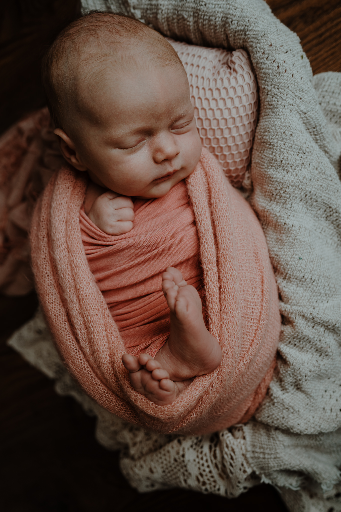 rustic-styled-newborn-photography-session-in-home-belfast