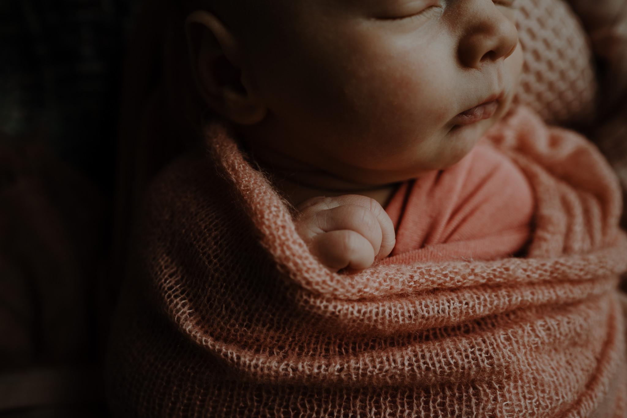 newborn-photographer-belfast-the-snug-sessions-Nora-22.jpg