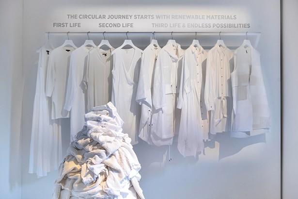 "Eileen Fisher's ""Waste No More"" Exhibition in Milan"