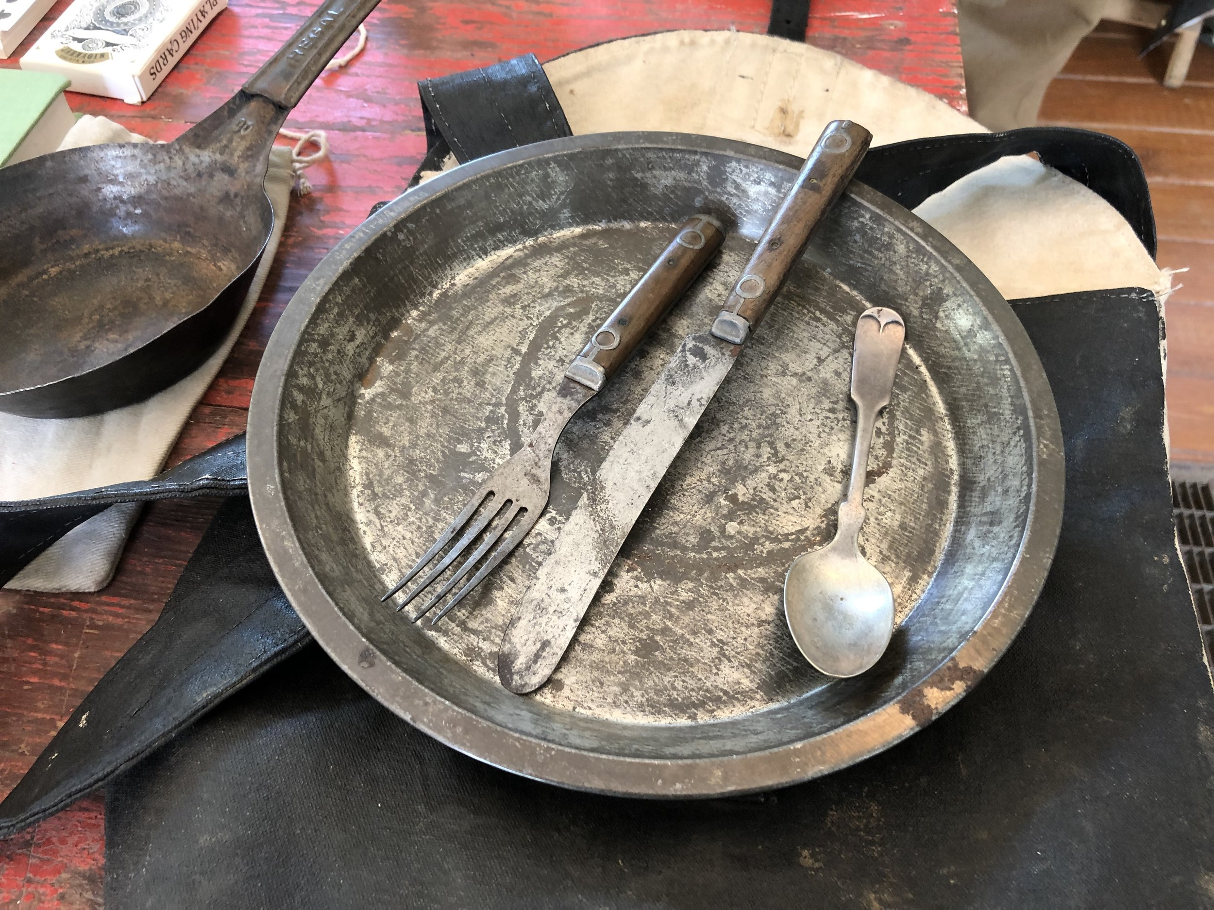 infantryman's tin plate and utensils