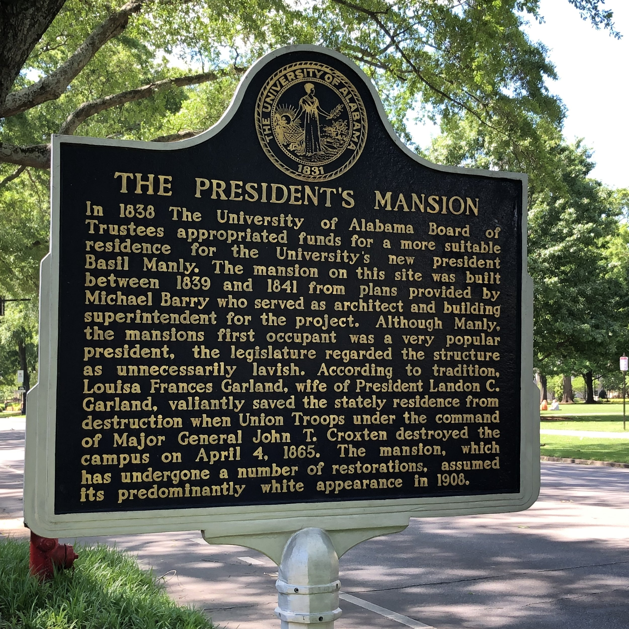 See photo at top for the President's Mansion … Photo by Caroline Pugh