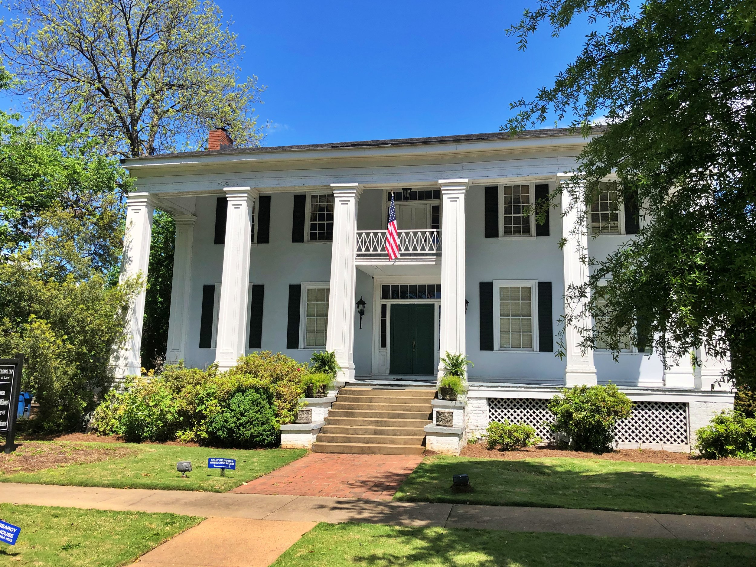 Minor-Searcy Owens House, 1826 … Photo by Caroline Pugh