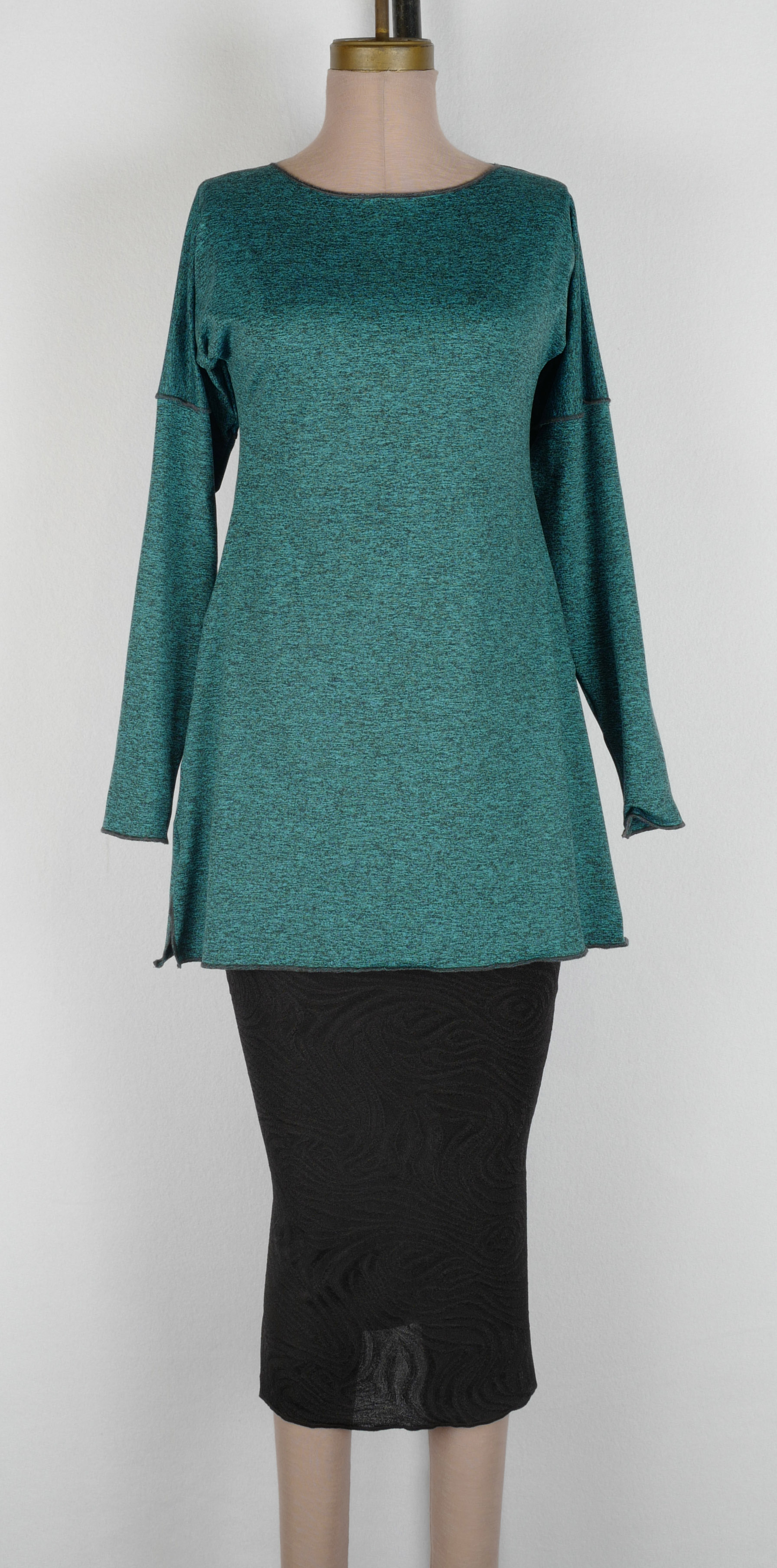 Turq Heather Dry-Fit LS Boat Tunic cropped.jpg