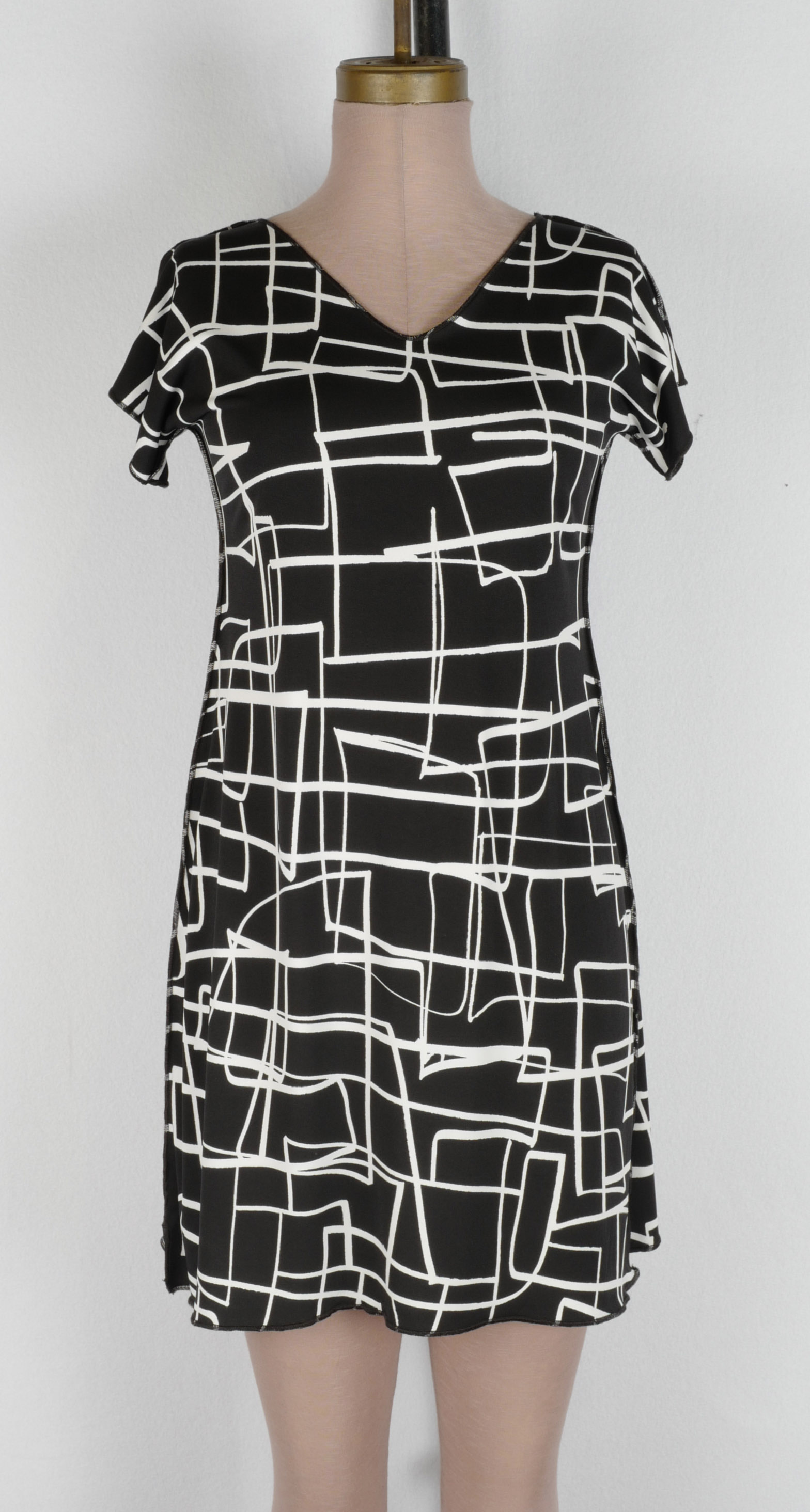 Black White Marker Square Cap T Dress 2019 cropped.jpg
