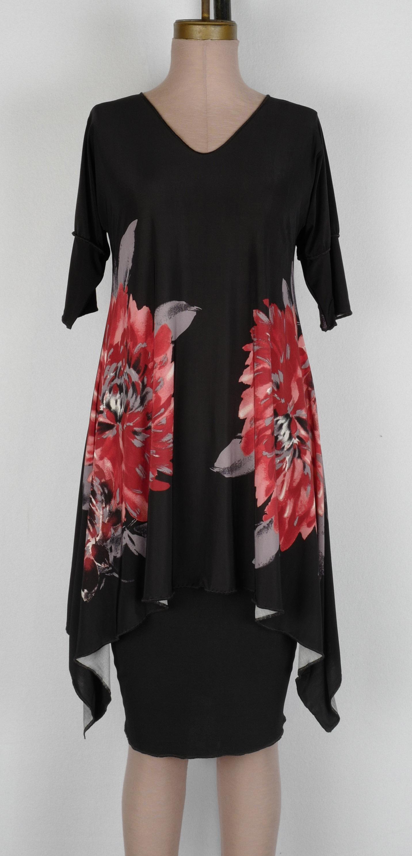 Short Sleeved Cuff V Arch Tunic $135 • S M L XL