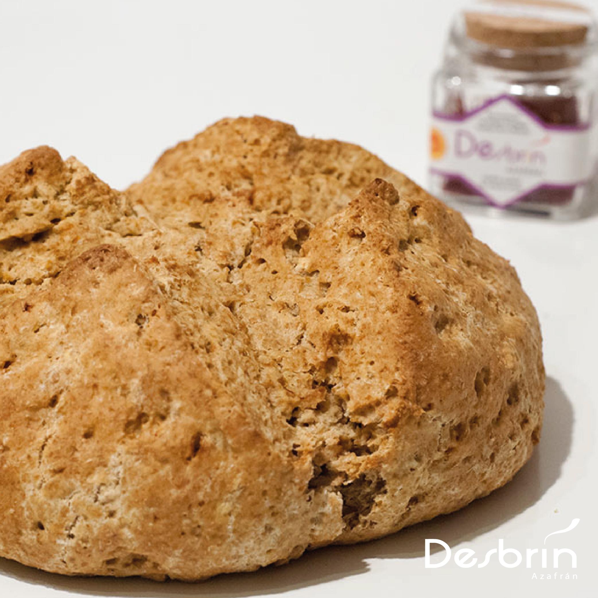 Soda bread al azafrán