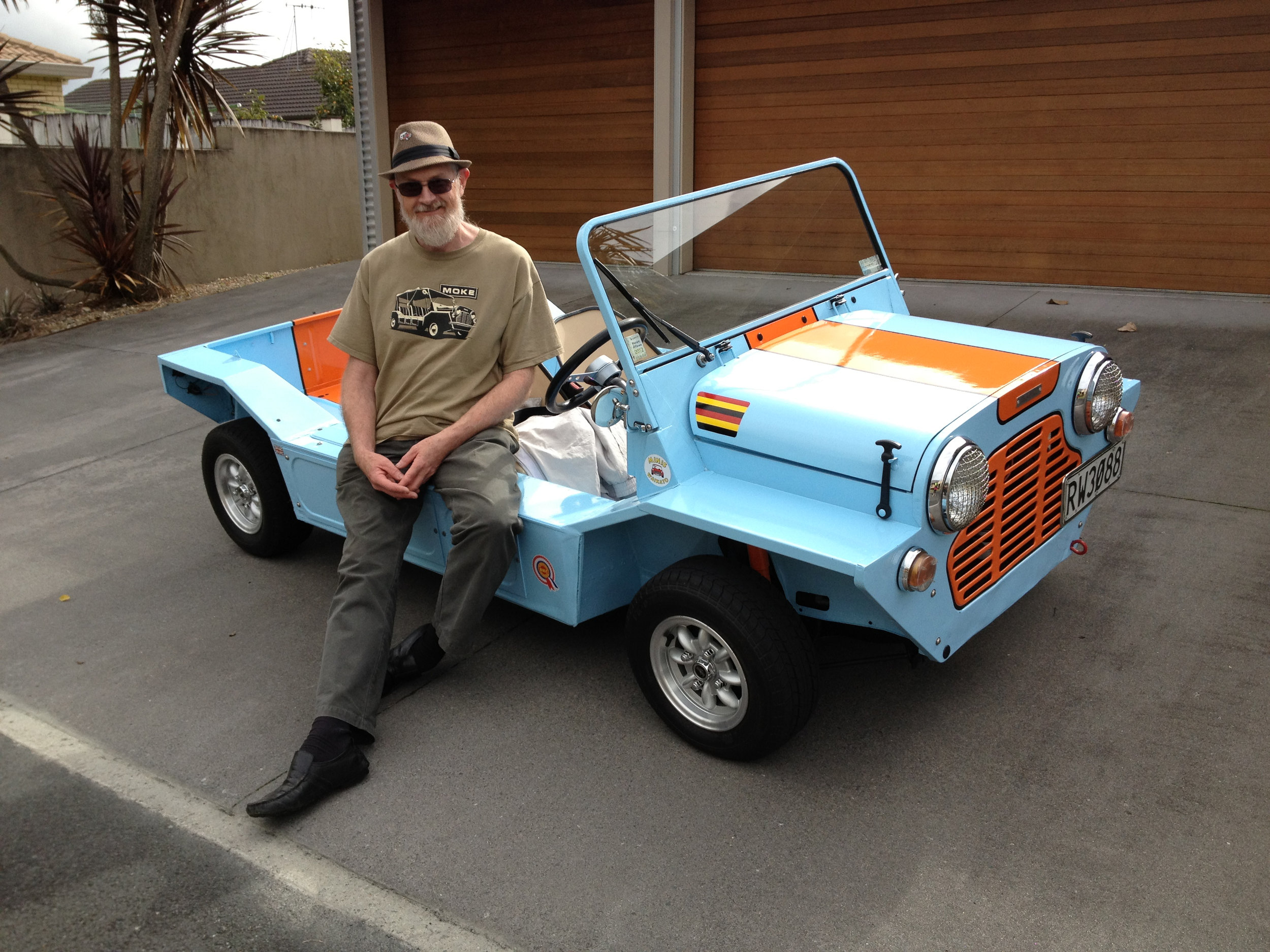 sandy and his moke.jpg