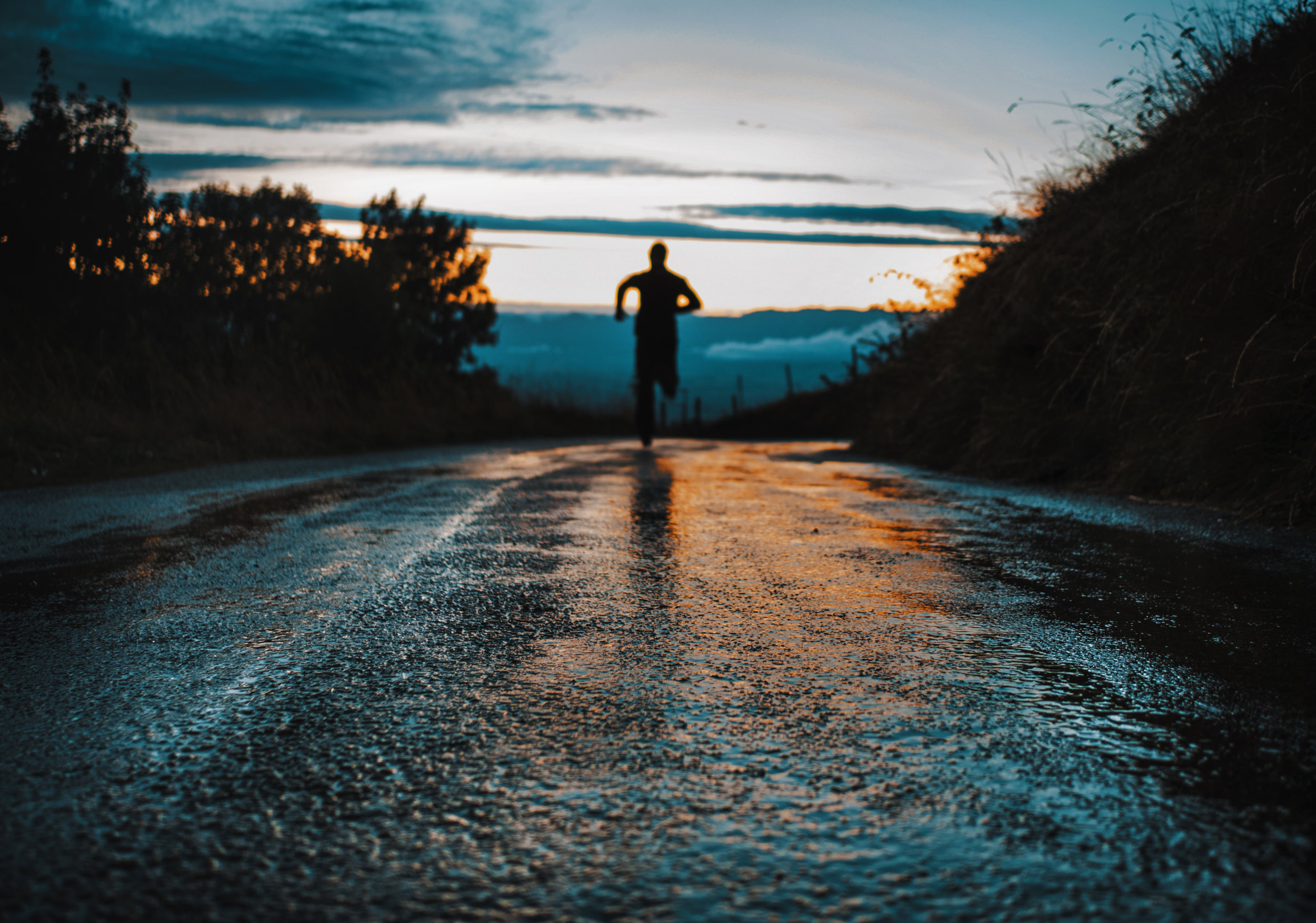 Intermediate 5k Plan - 7 weeks, starts July 29 - This plan is geared towards those who have run a few 5k's and/or have been running at regular intervals already. There is a lot of variety so take what works for you and skip what doesn't. When running the different paces - i.e. jog, easy, moderate, fast, sprint - it is based more off how you feel. If at any point you find yourself in pain, please stop or take a break - injuries aren't worth it in the long run! If you have any questions, please ask!Looking forward to seeing you on race day!