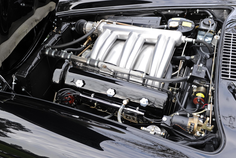 15 Merc 300SL Engine Wide.JPG