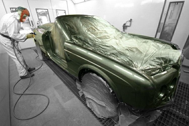 06Ferrari paint work.JPG