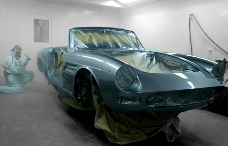 43Ferrari paint work.JPG