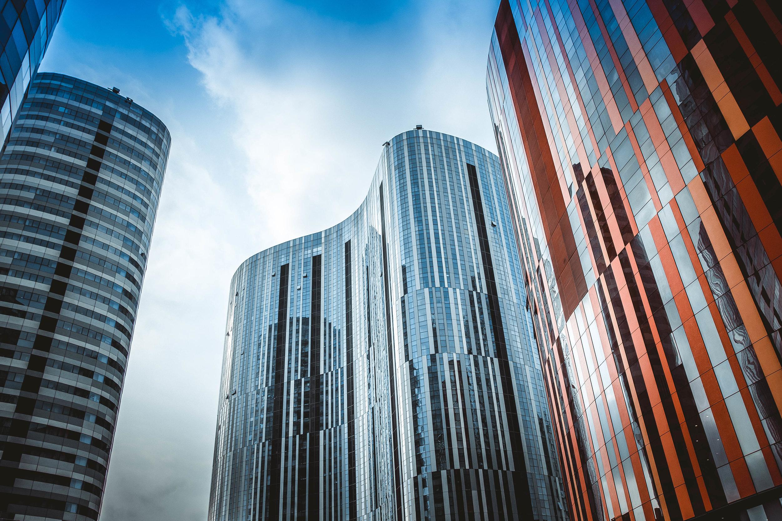 FÖRETAGS-överlåtelser & Corporate finance -