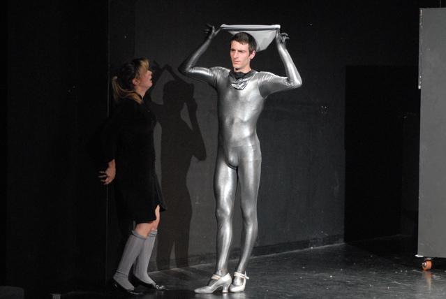 Luc-Mueller-theater-mama-bumba-tango-1.jpg