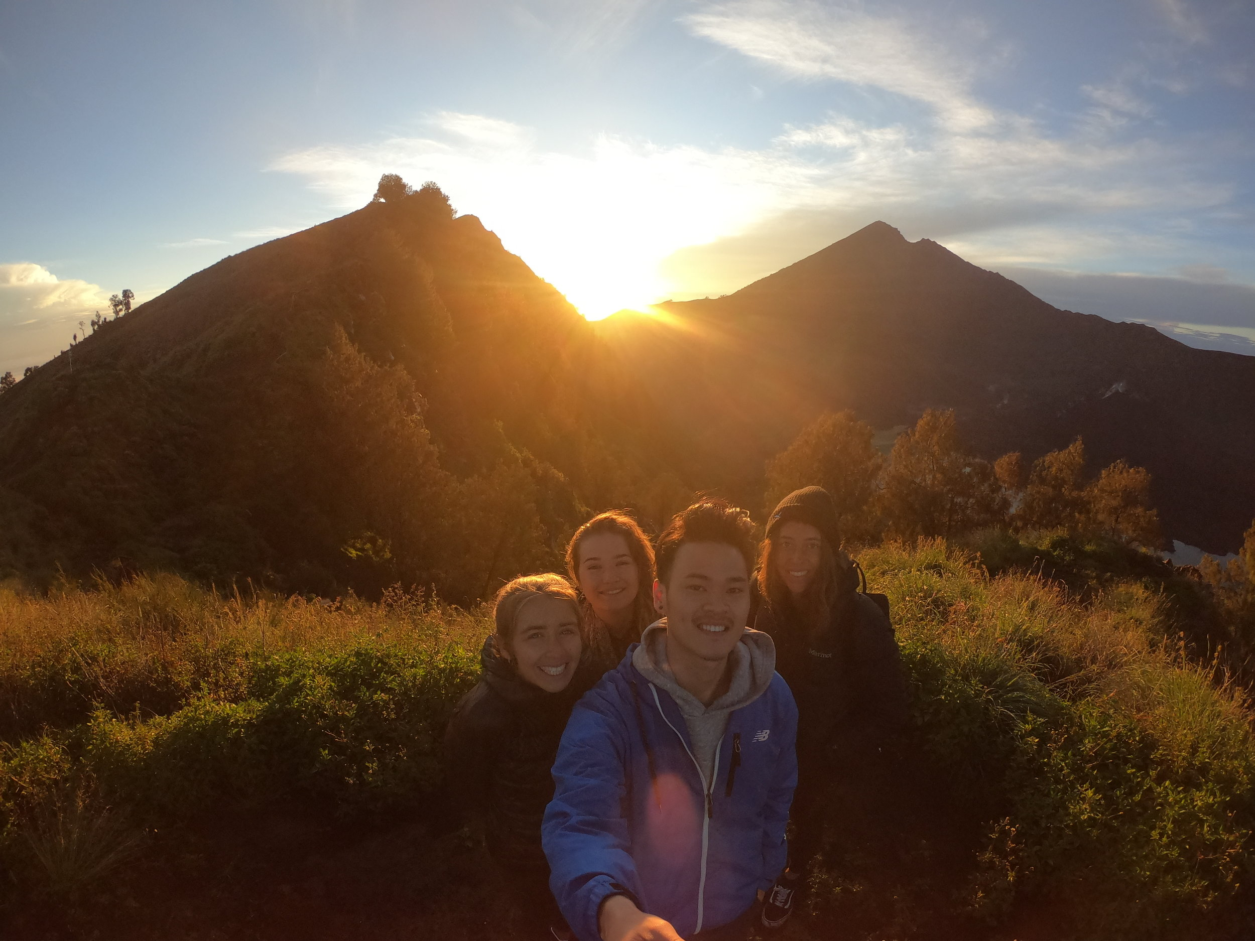 Up early for sunrise with the squad. It was freezing and we basically slept on rocks :(