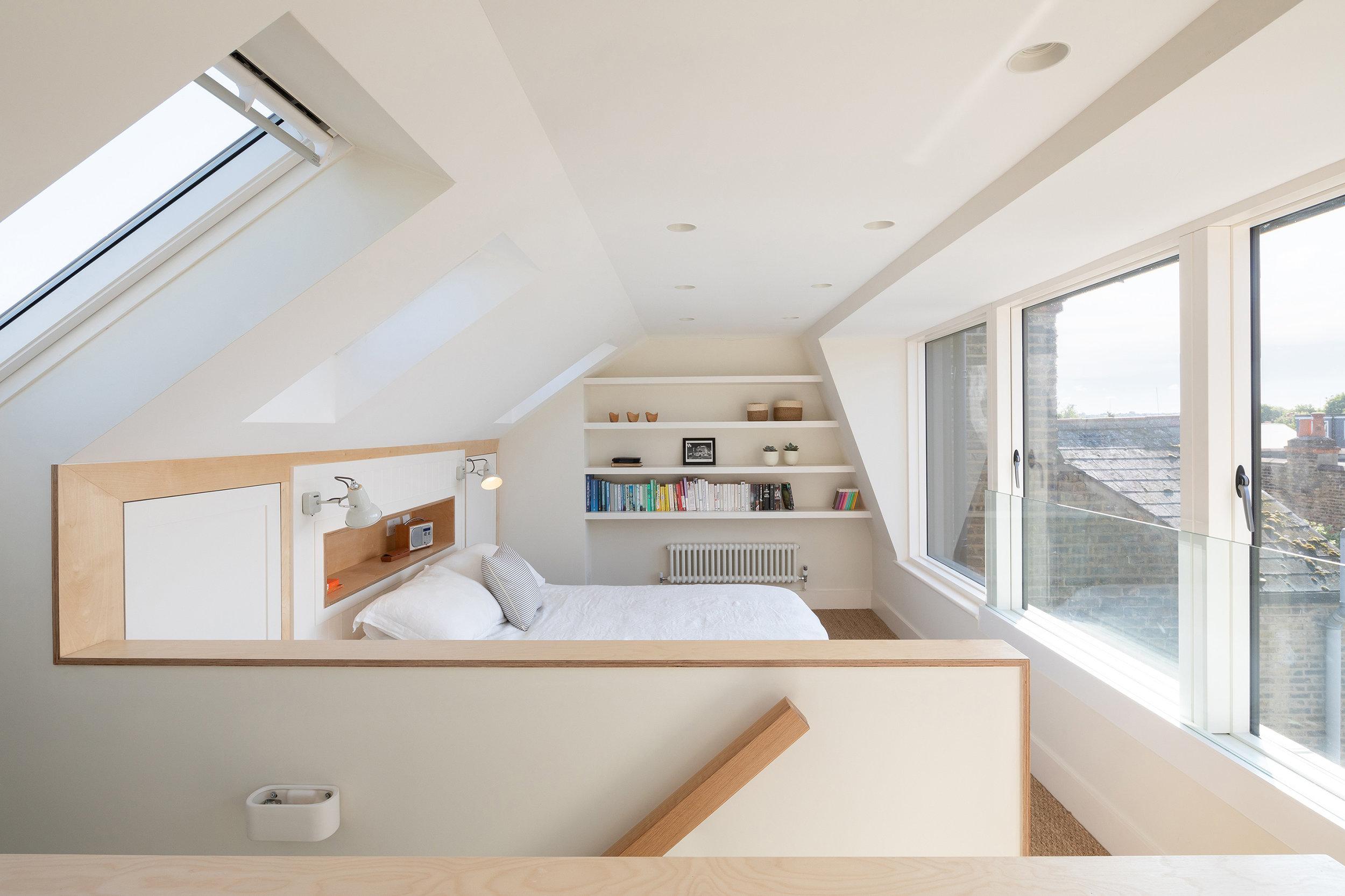 04-smeaton-road-victorian-house-roof-extension-loft-conversion-site-photo-architecture-wandsworth-south-london-uk-rider-stirland-architects-adam-scott.jpg