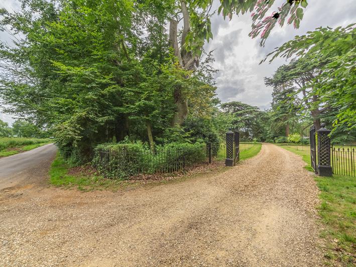 Entrance to driveway