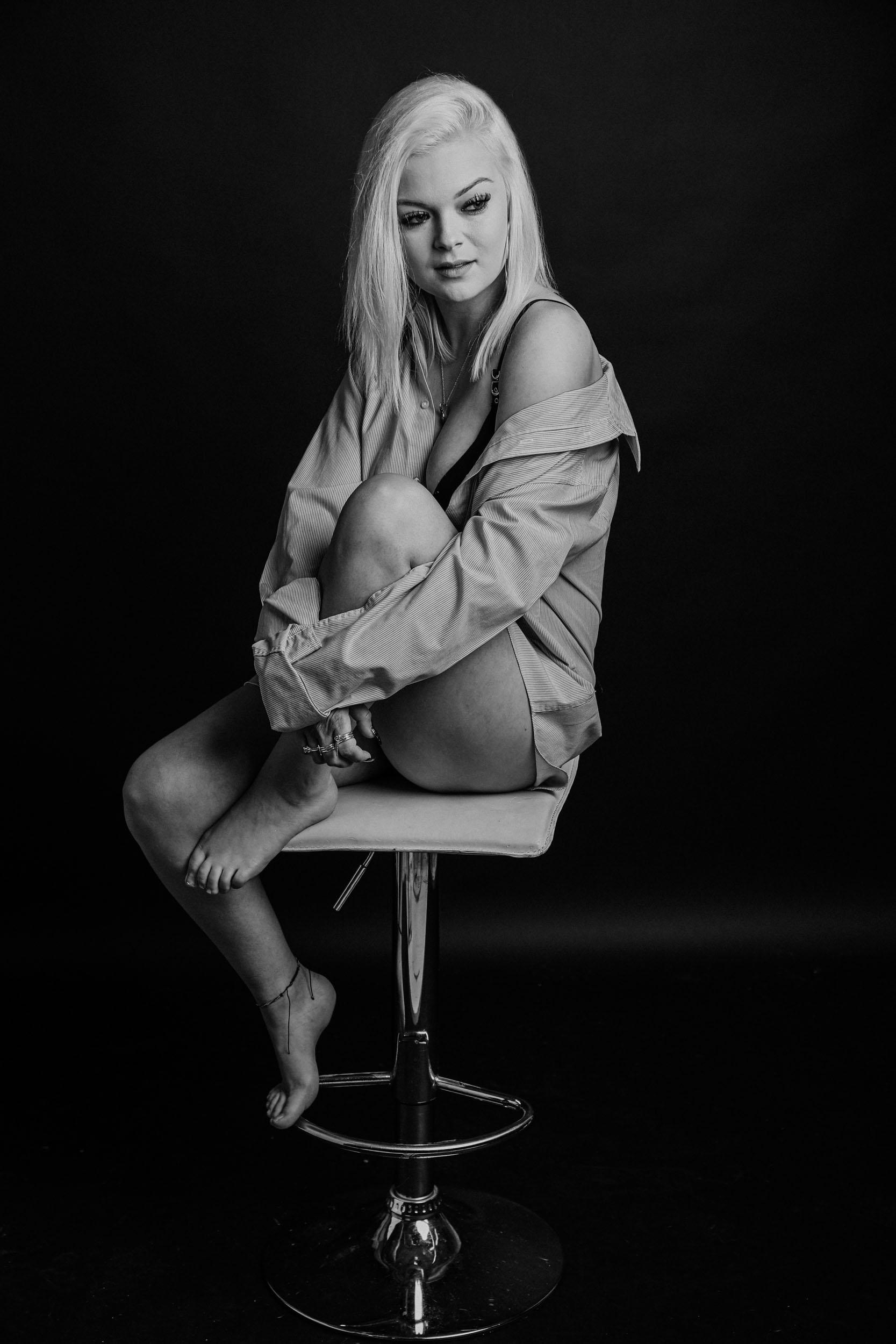 boudoir-photographer-grimsby-10.jpg