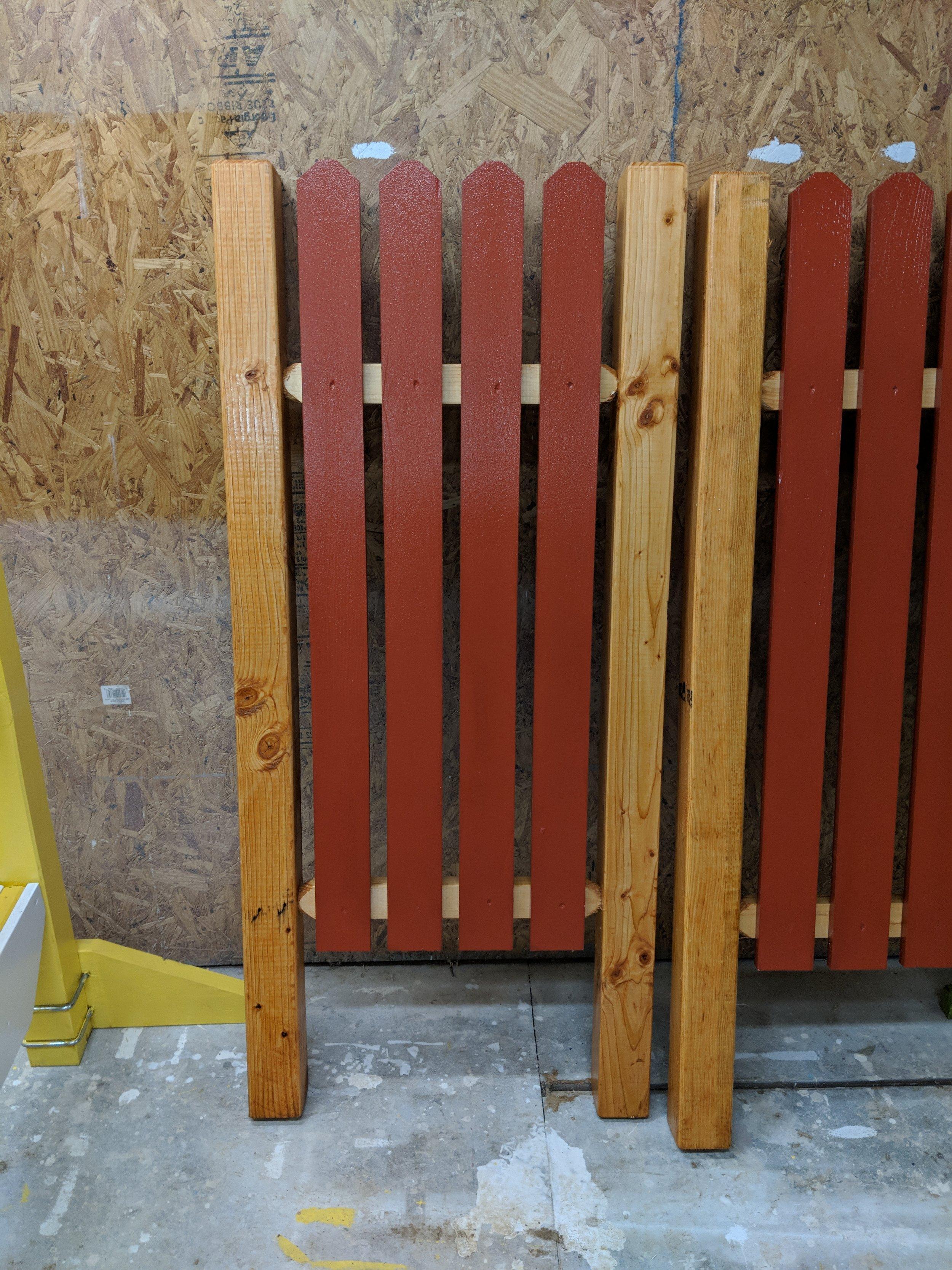 Natural Frame Red Slat 5' Flat Top Standards.jpg