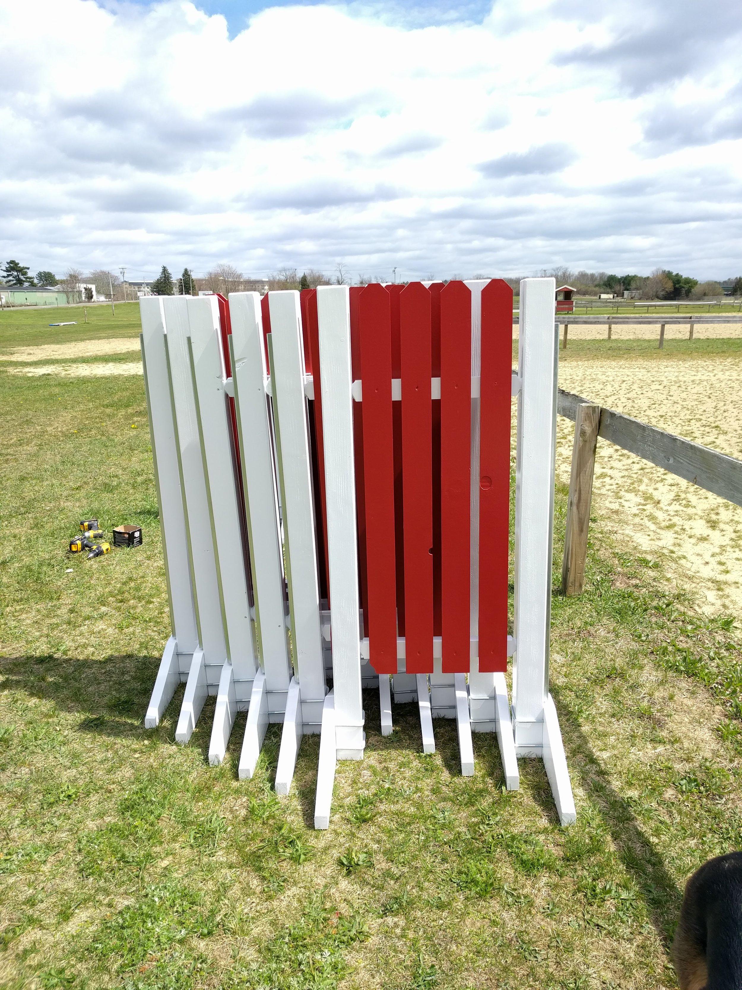 White Frame Red Slat 5' Flat Top Standards.jpg